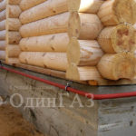 Газопровод на деревянном доме